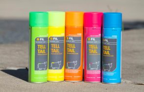Spray aerosol tail paint blue, green, pink, yellow or orange | Beef Breeding Services
